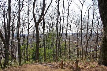 090321-05前山から多摩丘陵方面.JPG