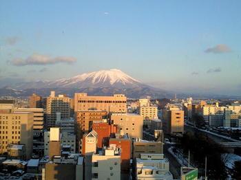 20101230岩手山と北上川.jpg