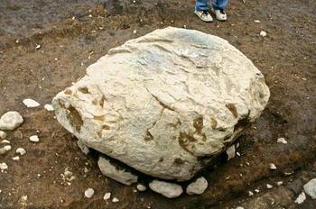 090228-2礎石.JPG
